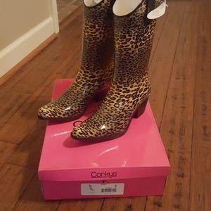 NWT Size 8 Rodeo rain boots cheetah